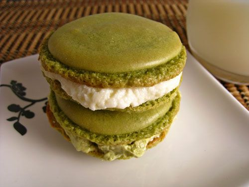 Green Tea Macarons | Pictures from the Lands of the Languages I Love ...