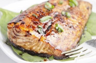 Balsamic and Raisin Glazed Salmon — Punchfork