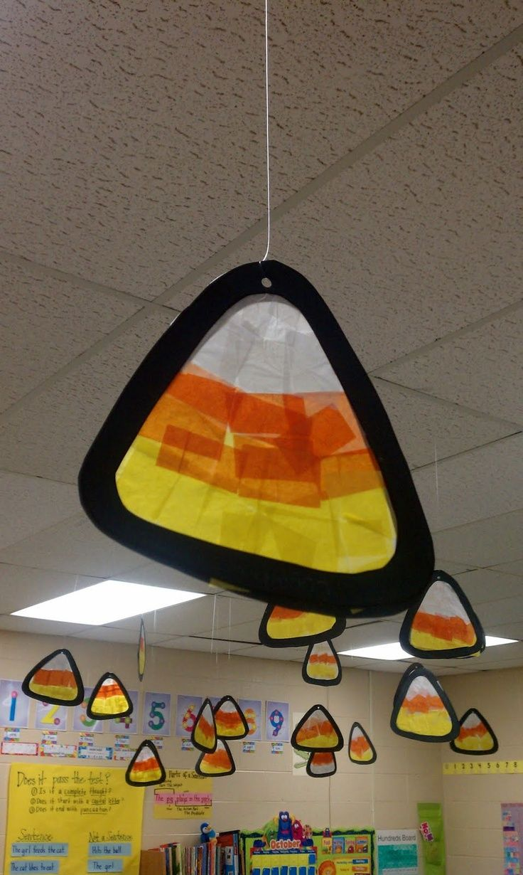 Candy corn craft craft ideas pinterest for Fall decorating ideas with construction paper