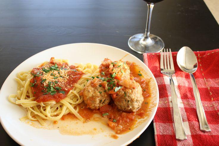 Tomato Braised Meatballs - Basil & Rye | Eats | Pinterest