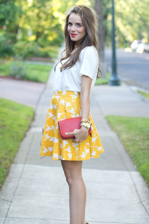 Gal Meets Glam in a canary yellow skirt, bold red clutch & a Stella & Dot Luxor Link Bracelet!