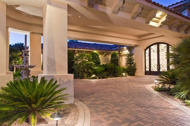 Pin by supernatural mommy on home exteriors mediterranean for Porte cochere homes