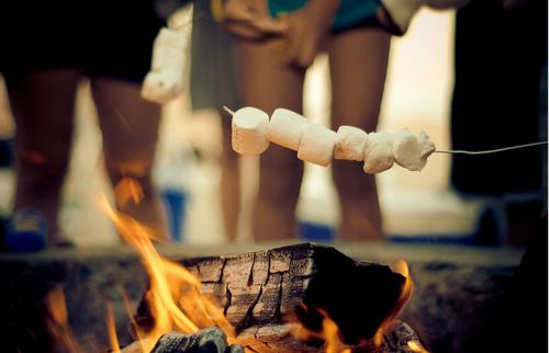 Date Idea : Bonfire , Smores