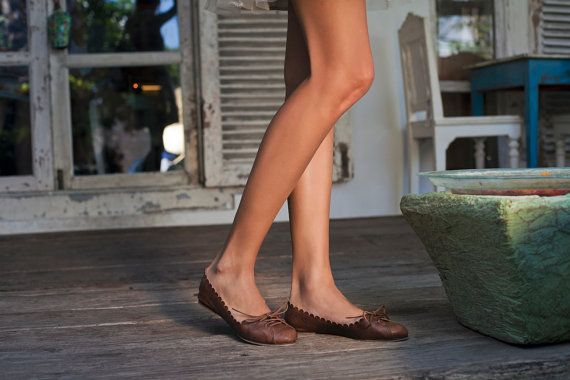 ENDLESS LOVE. Pointy shoes / brown leather shoes / womens shoes