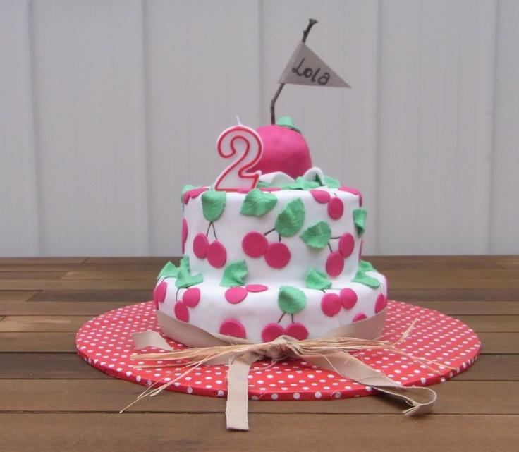 cake :) bottom section was 'chocolate guinness cake' (Nigella Lawson ...