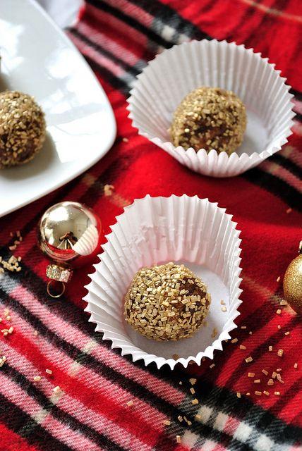 Gingerbread truffles | Energy Bites | Pinterest