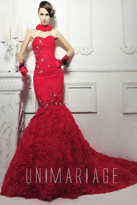 robe de mariée bordeaux rouge de luxe  Robe de mariée 2013 ...