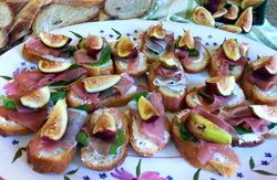 Basil wrapped prosciutto, goat cheese, fig, and honey crostini #fresh ...