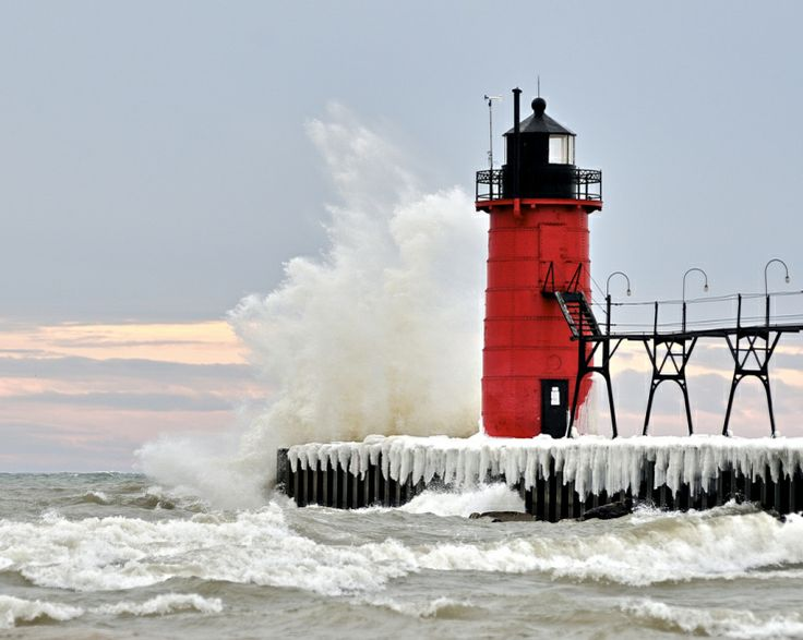 South Haven, MI lighthouse   Arch.Lighthouses   Pinterest