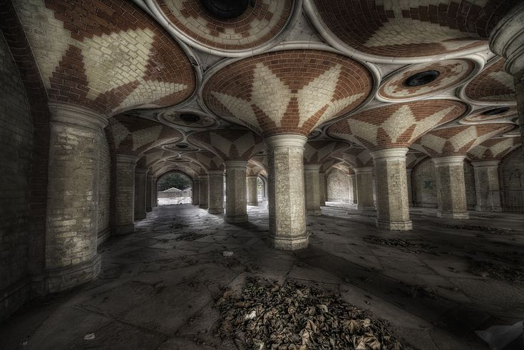Crystal Palace disused underpass -