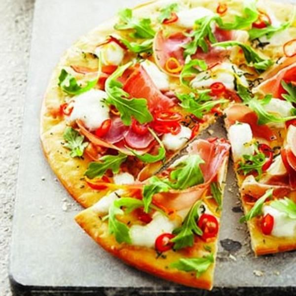 cheese pizza fig and goat cheese pizza with arugula scallion arugula ...