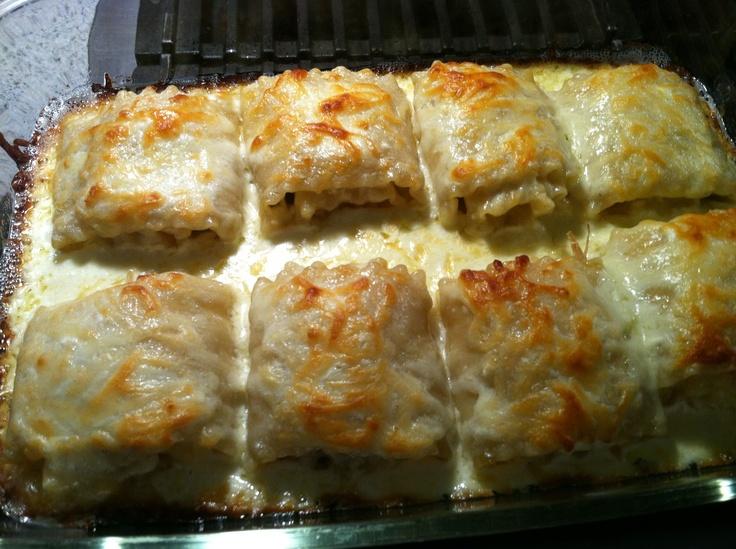 Alfredo chicken lasagna roll ups.   main dish   Pinterest
