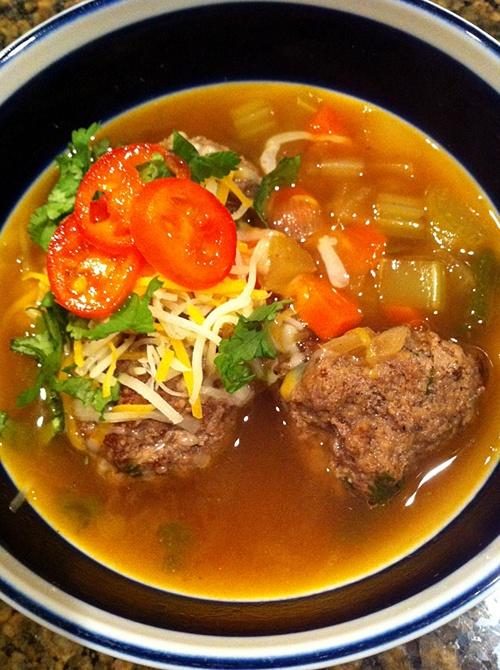 Mini Meatball Chili Recipe — Dishmaps