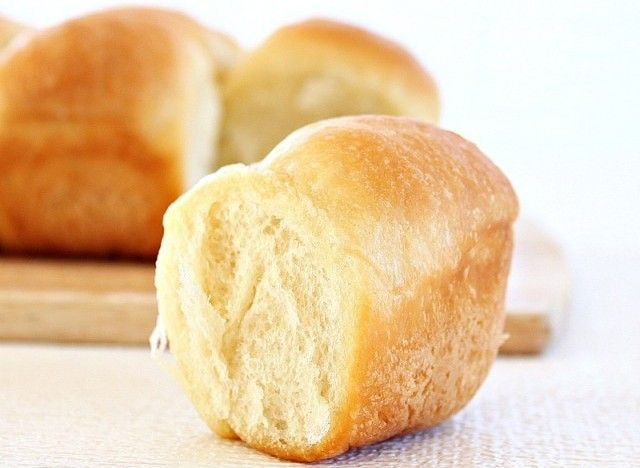 butter dinner rolls by roxana on may 13, 2011 105 comments 612 One of ...