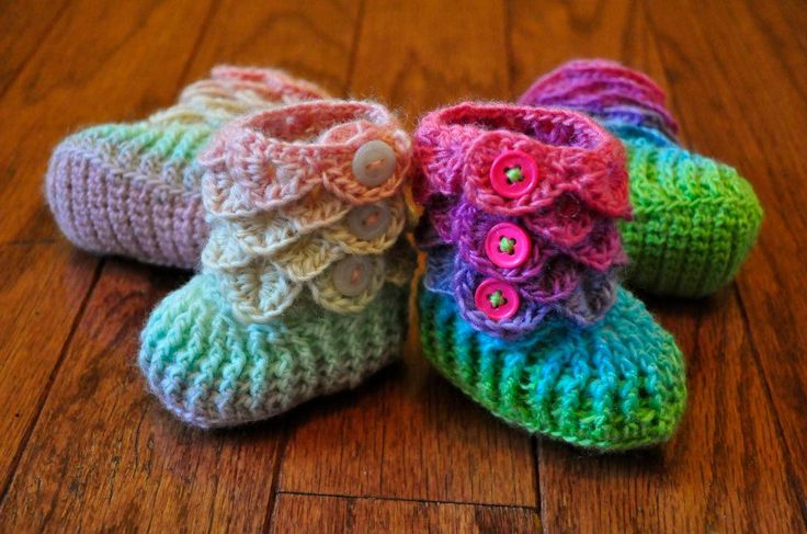 Crochet Pattern For Crocodile Stitch Baby Booties : Pin by Joan Duffy on Will I ever Crochet? Pinterest