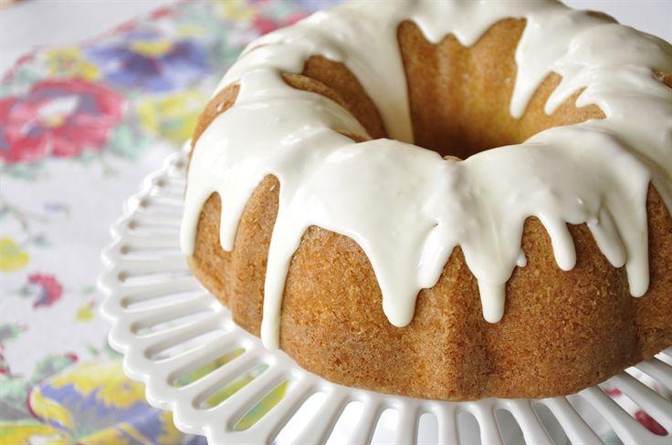 Lemon Pound Cake with Lemon Curd