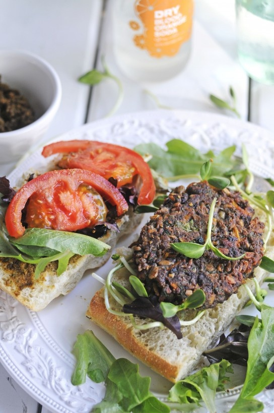 THE PERFECT VEGGIE BURGER another burger I need to try. Im in a quest ...