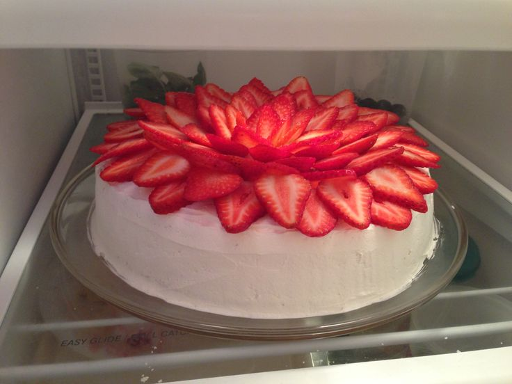 Strawberry lemon ricotta pound cake | My Creations | Pinterest