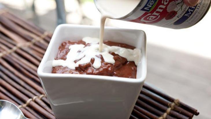 Champorado (Filipino Chocolate Rice Pudding) Recipe