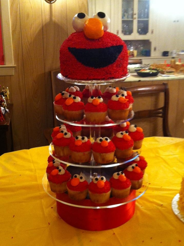 Elmo variation. Cupcakes are yellow cake with vanilla buttercream, red ...