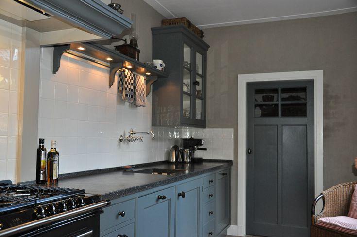 Leuke keuken mooie kleur.  Ideeën voor het huis  Pinterest