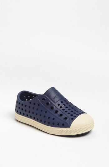 Native Jefferson Shoes...cute and easy to clean