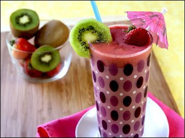 Kiwi_Strawberry_Smoothie | drinks (hot and cold) | Pinterest