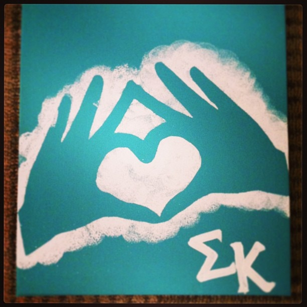 Sigma Kappa Hand Sign