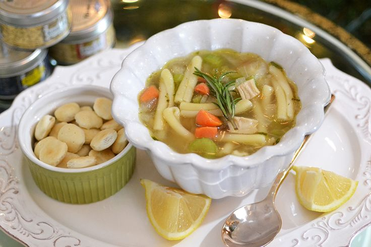 Vegan Chicken Noodle Soup | Convegance (The first vegan chicken soup I ...