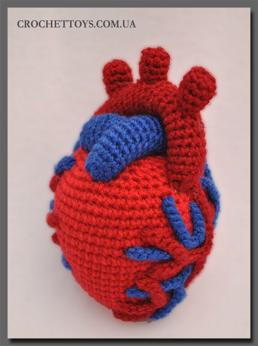 Crochet Uterus : Crochet heart. To go with the crocheted uterus I made last year.
