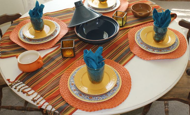 American Lunch Table Set Up : Santa Fe inspired lunch with @LoveStitched and friends. Table setting ...