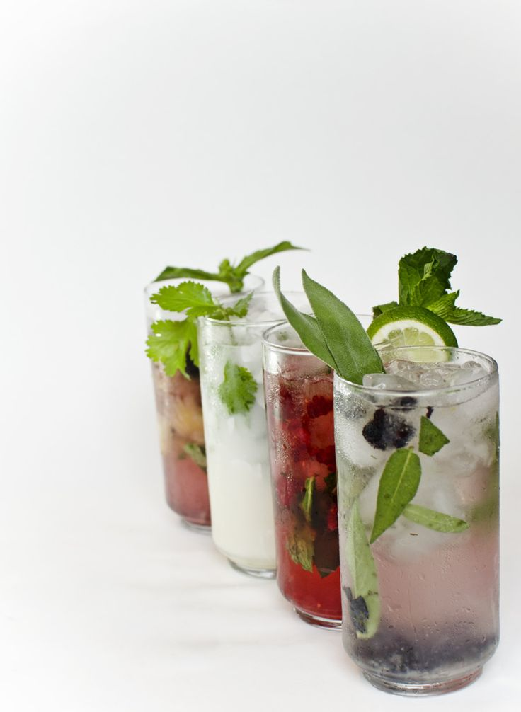syrupvanilla rum (or blueberry vodka) 2/ raspberry mojito ...