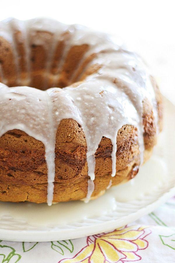 Pumpkin Cream Cheese Bundt Cake - sweet, rich and cheesy and moist ...