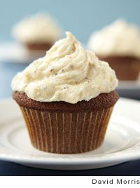 Gingerbread Cupcakes with Cardamom Cream Cheese Frosting by Sara ...