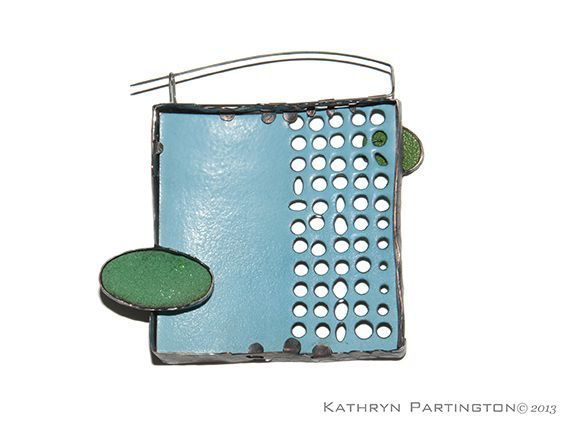 Kathryn Partington -Jewellery - Suspended in Green