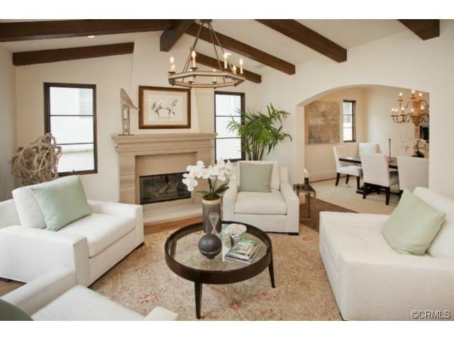 exposed beams living room dream home pinterest. Black Bedroom Furniture Sets. Home Design Ideas
