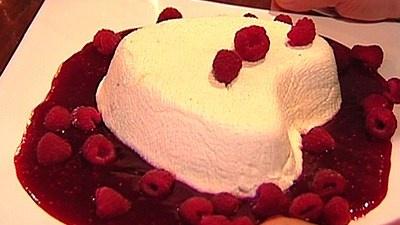 Day Coeur A La Creme With Raspberries Recipes — Dishmaps