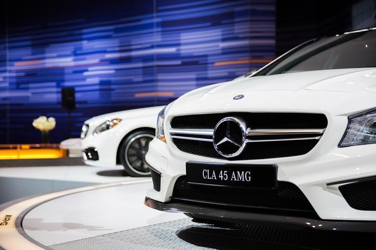 2014 mercedes benz cla45 amg car interior design for Mercedes benz cla45 amg 0 60