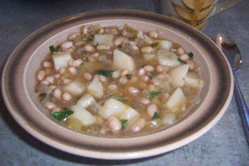 : Senate Bean Soup-- added brown rice, carrots and used canned beans ...