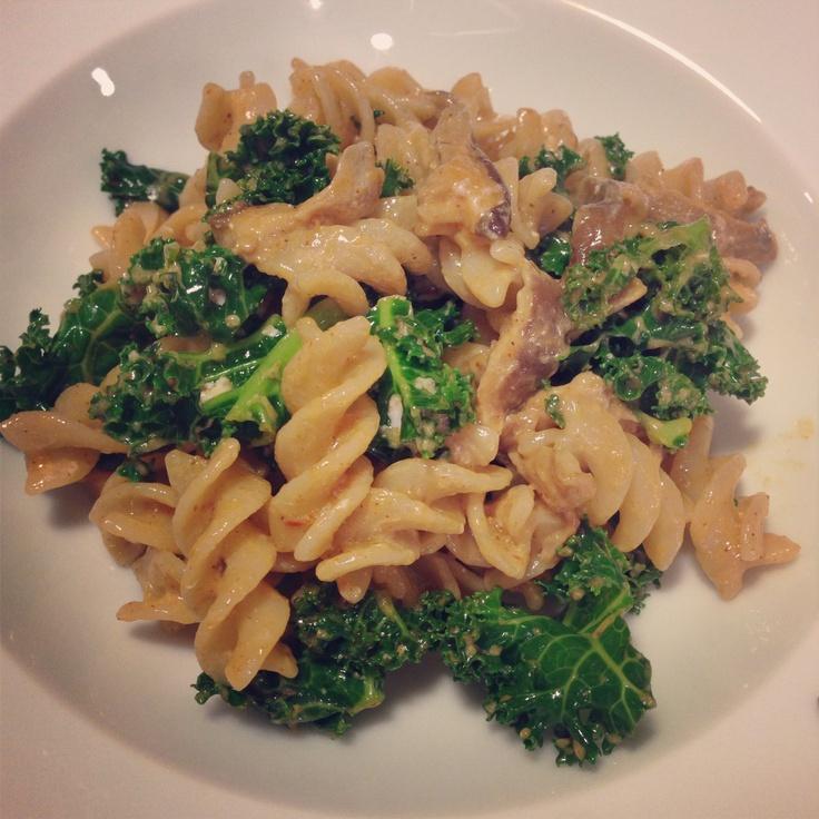 "Gluten-Free Mushroom & Kale ""Stroganoff!"" via @mmmguide.com"