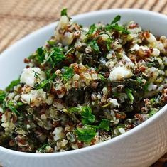 Spinach And Feta Quinoa Salad (via www.foodily.com/r/7zI5S8olq)