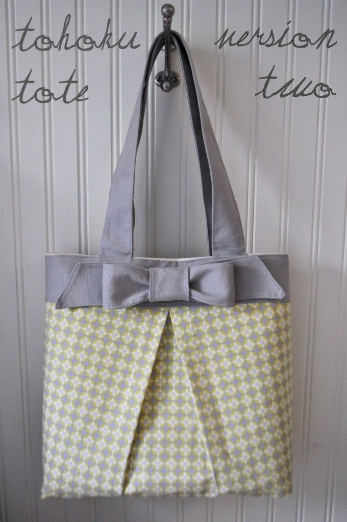 Tote Patterns Free : The Tohoku Tote Bag - Free Pattern & Tutorial + How to Sew Box Pleat ...