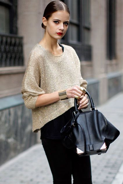 Handbag,black jeans and loose gold top