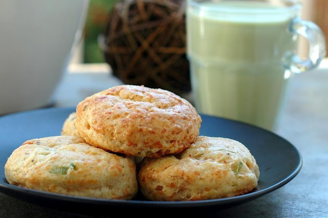 rosemary cheddar cheese biscuits | Starters, Dips and Appertizers | P ...