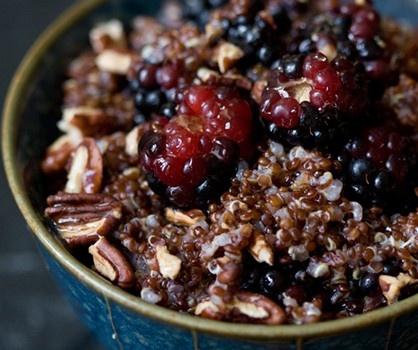 Nutty Cinnamon Quinoa with Berries | Yummm | Pinterest