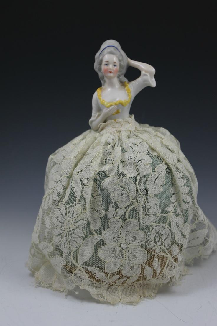 Фарфоровая кукла е бай