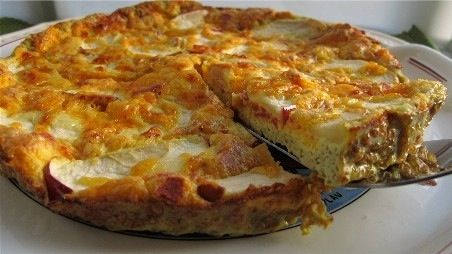 this apple, bacon, cheddar frittata made with eggs, bacon, Fuji apples ...