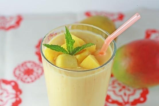 Mango And Honey Smoothie... | For Roman's | Pinterest