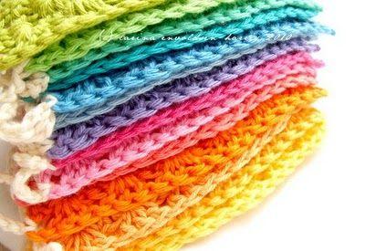 Crochet bunting & triangle granny tutorials on this blog