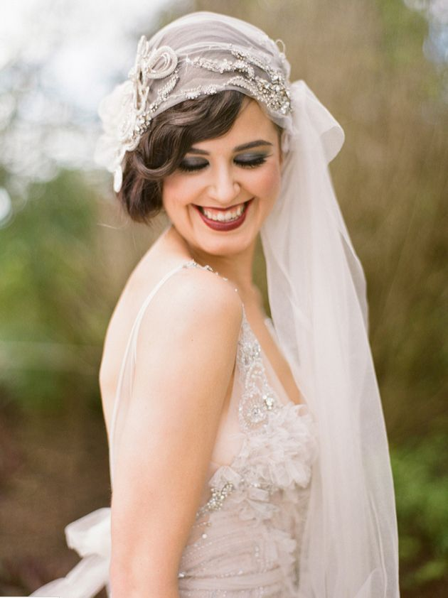 Flapper Style Hair Accessories | 1920s wedding dress style